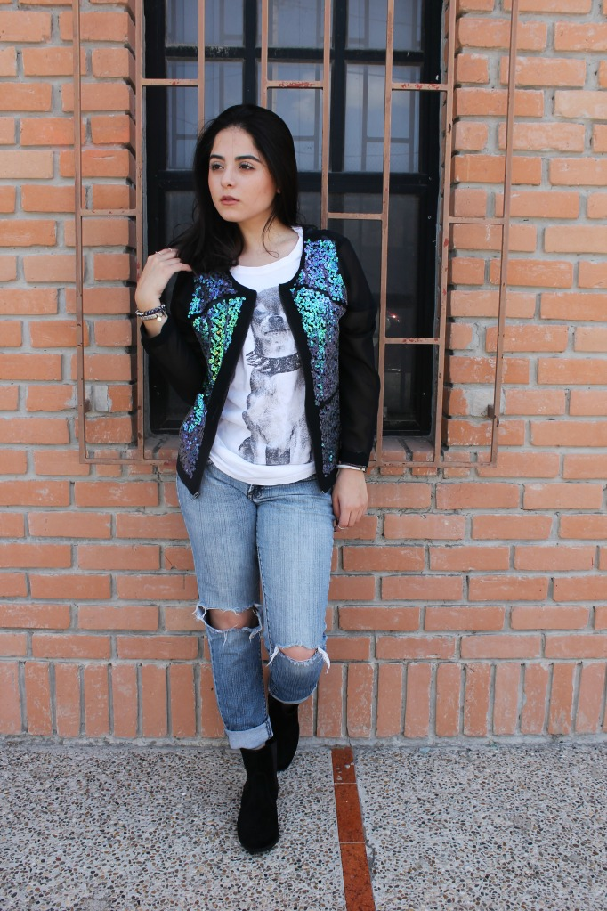 CASUAL4