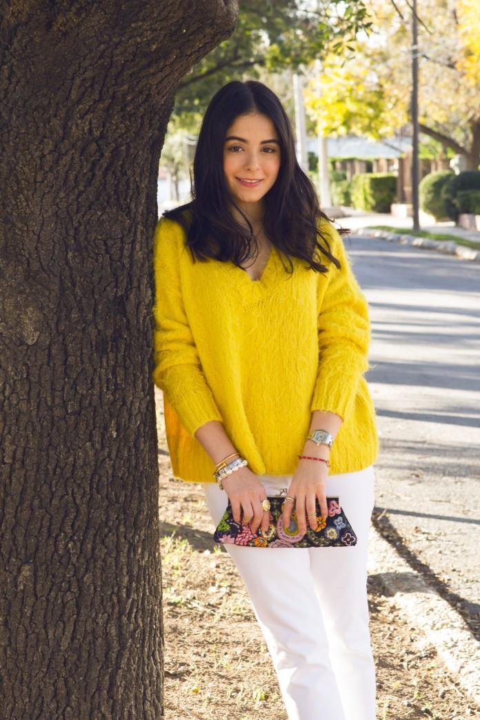 yellow sweater4