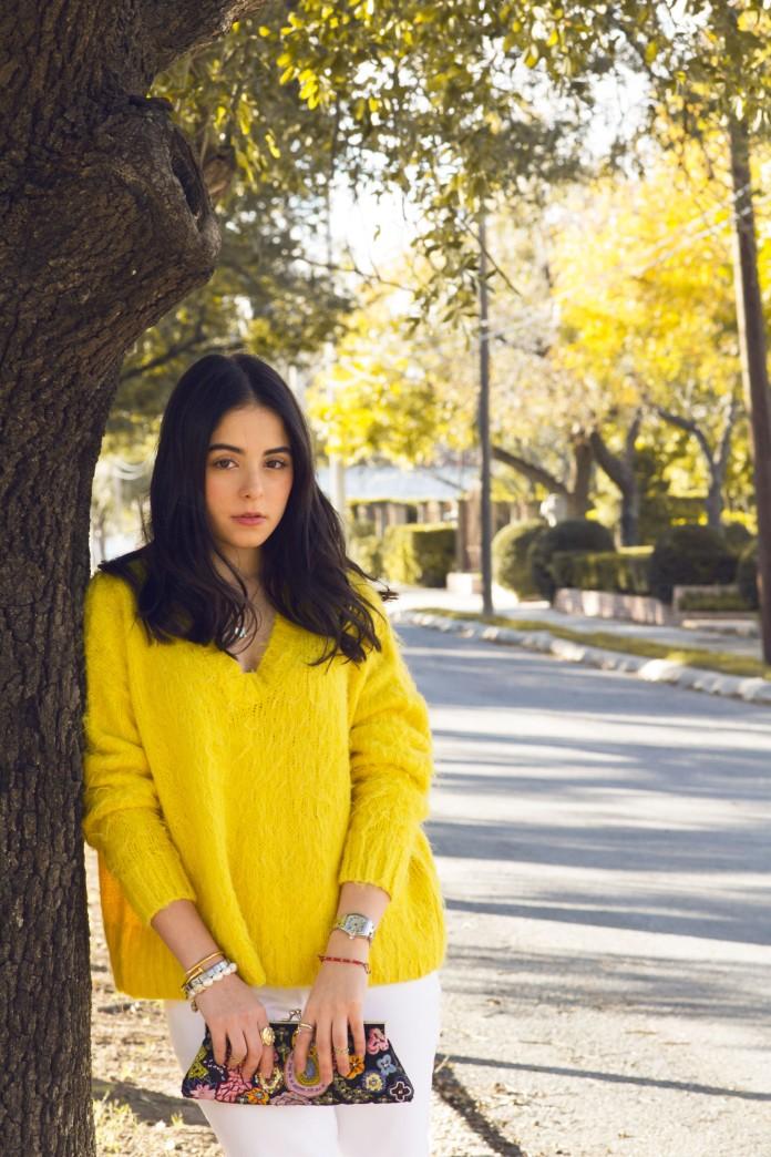 yellow sweater5